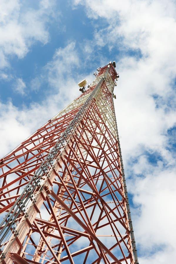 Toren van cellulaire mededeling stock afbeelding