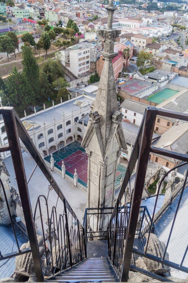 Toren van de Basiliek van de Nationale Gelofte in Quito royalty-vrije stock fotografie