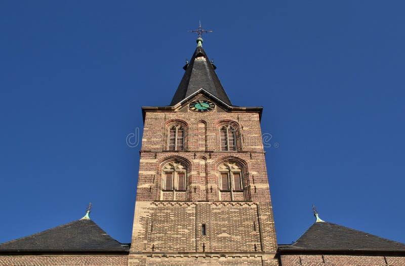 Toren van de kerk in Straelen, Duitsland stock fotografie