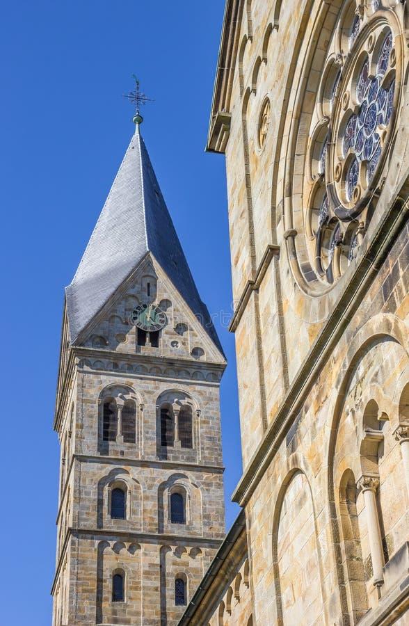 Toren van de St Anna kerk in Neuenkirchen stock fotografie