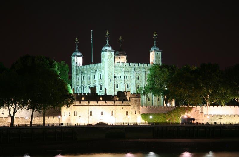 Toren van Londen bij Nacht stock afbeeldingen