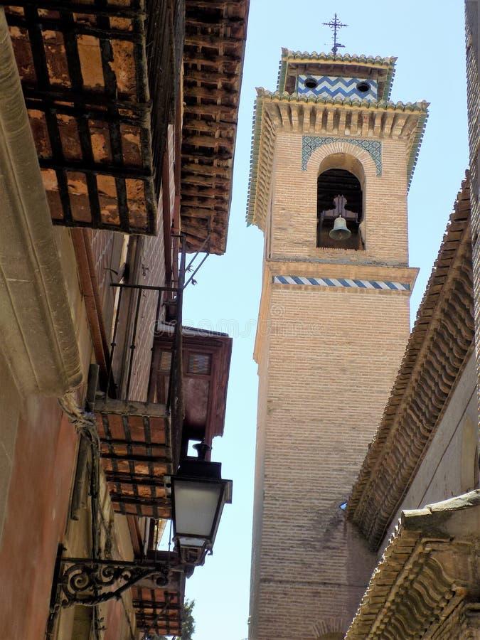 Toren van Santa Ana Church-Granada - Andalusia stock foto's