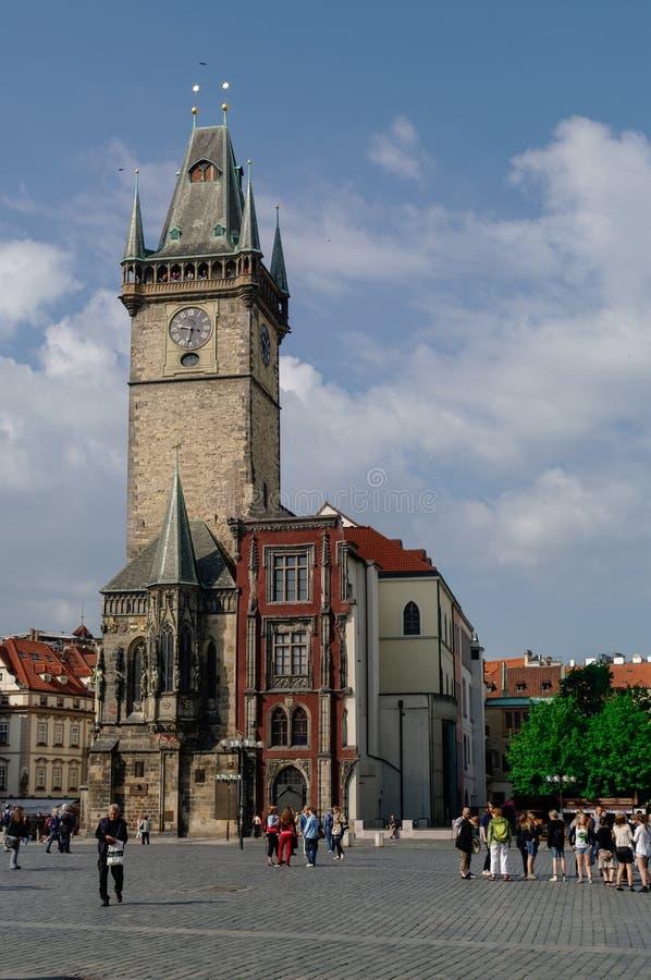 Toren van stadhuis met Astronomische Klok (Staromestske-namesti royalty-vrije stock afbeelding