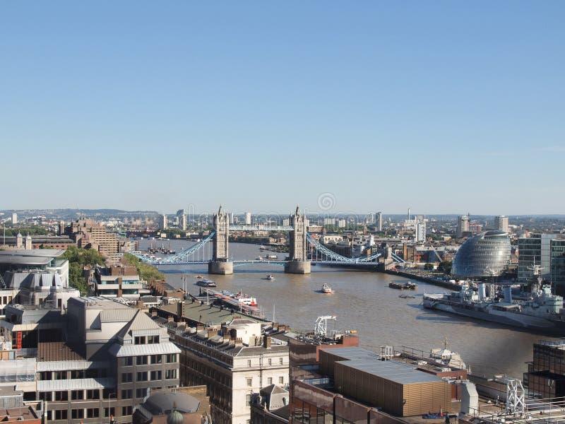 Download Torenbrug Londen stock foto. Afbeelding bestaande uit brug - 39116026