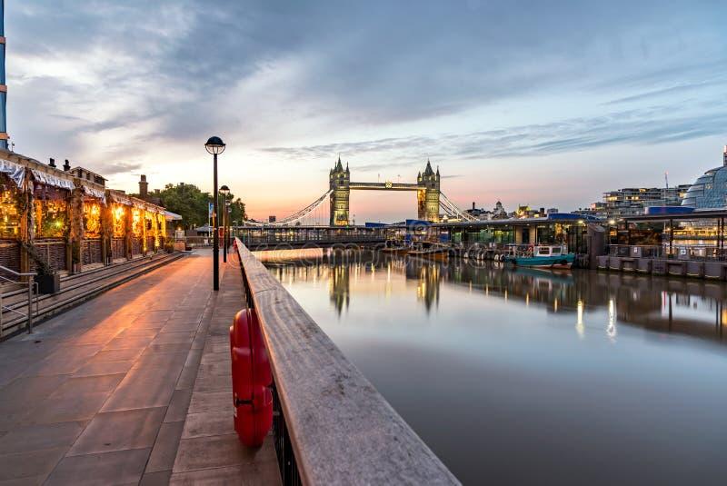 Torenbrug Londen het UK stock fotografie