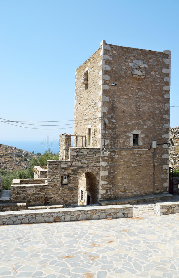 Torenhuis in Vathia stock foto's