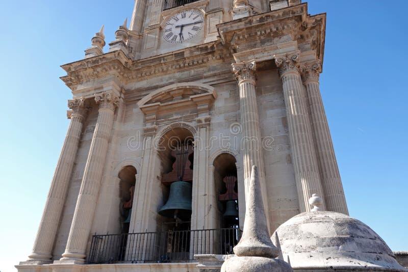 Torenklokken van de Kathedraal van de heuvel van Malaga en Gibralfaro-in Andalusia, Spanje royalty-vrije stock foto's