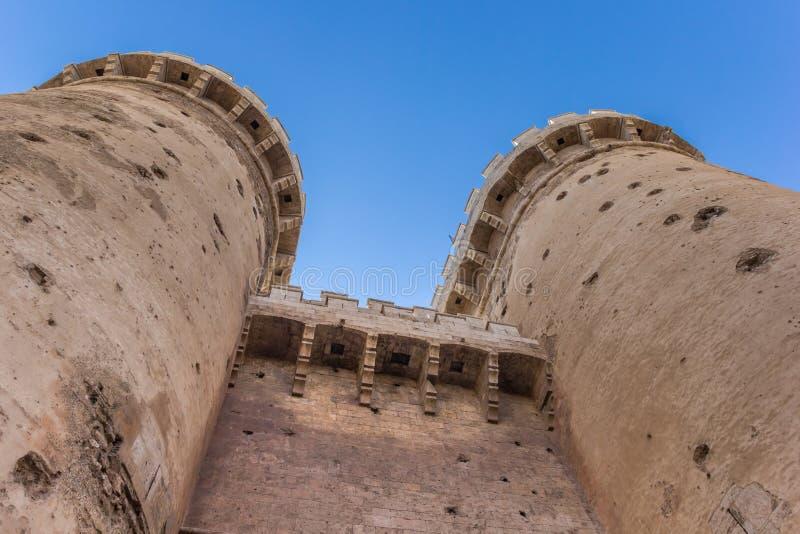 Torens van de oude stadspoort Torres DE Quart in Valencia royalty-vrije stock afbeeldingen