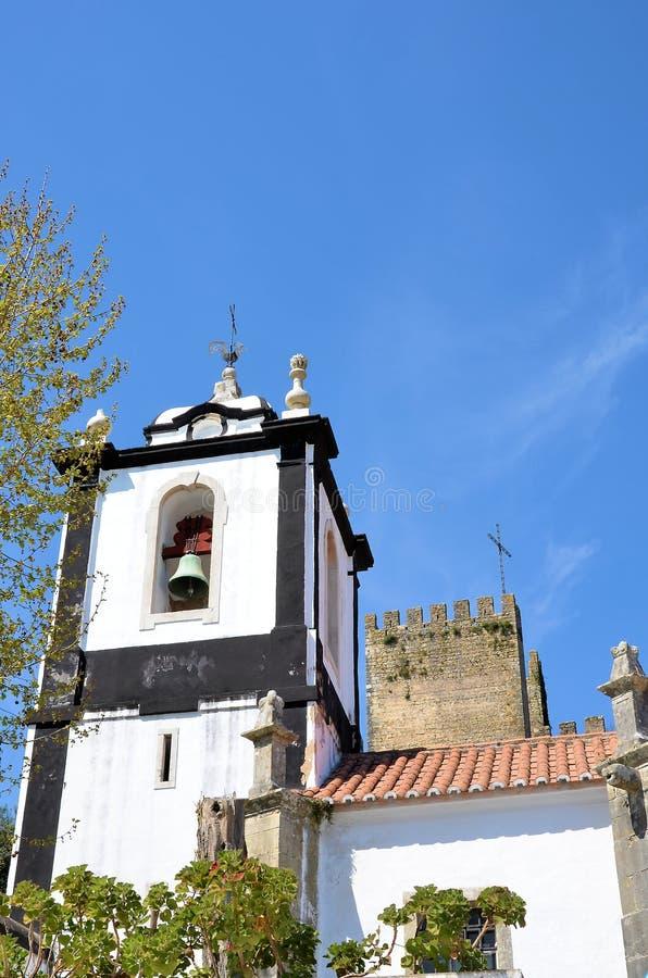 Torens van kerk en kasteel royalty-vrije stock foto