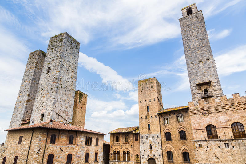 Torens van oude stad San Giminiano, Toscanië, Italië stock foto