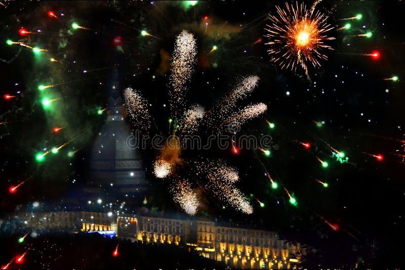 Torino in fuochi d'artificio immagine stock