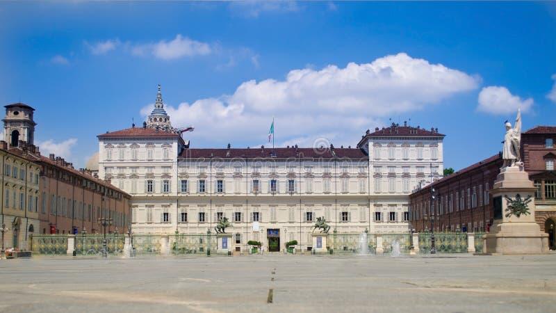 Download Torino, Italia - Palazzo Reale Immagine Stock - Immagine: 25983435