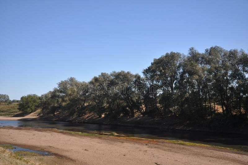 torkad flod royaltyfri fotografi