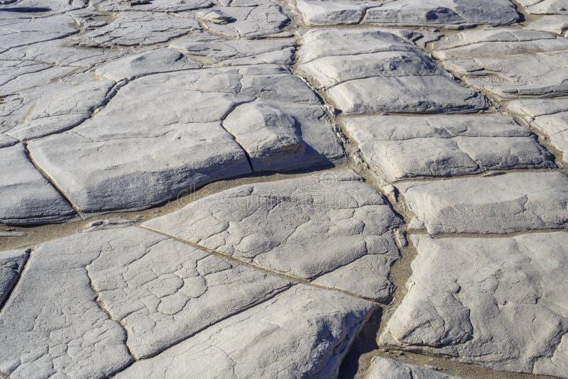 Torkad gyttja i Death Valley royaltyfri bild