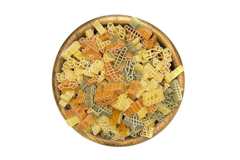 Torkad pasta i en bunke arkivbild