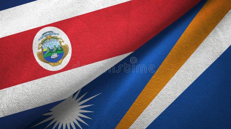 Torkduk f?r Costa Rica och Marshall Islands tv? flaggatextil, tygtextur royaltyfri illustrationer