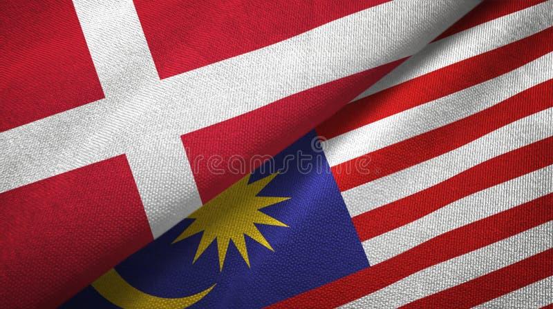 Torkduk för Danmark och Malaysia två flaggatextil, tygtextur stock illustrationer