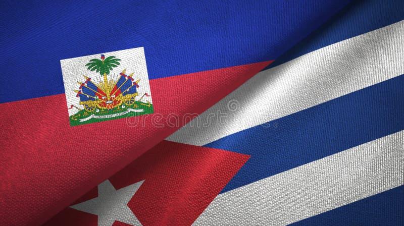 Torkduk f?r Haiti och f?r Kuba tv? flaggatextil, tygtextur royaltyfri foto