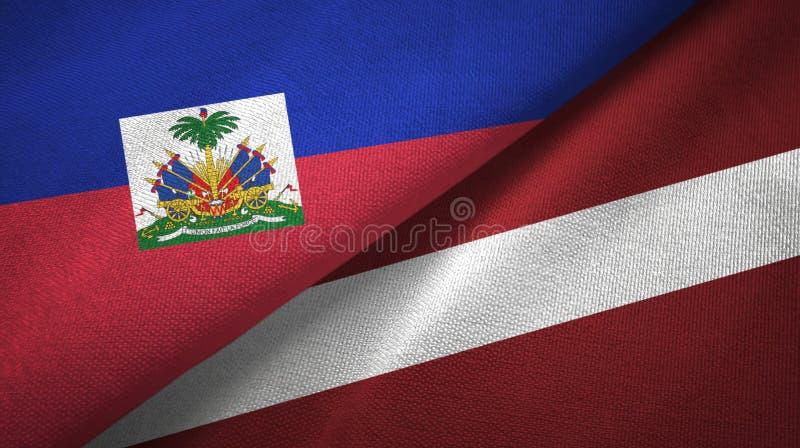 Torkduk f?r Haiti och Lettland tv? flaggatextil, tygtextur royaltyfri foto