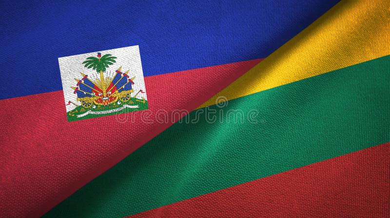 Torkduk f?r Haiti och Litauen tv? flaggatextil, tygtextur royaltyfria bilder