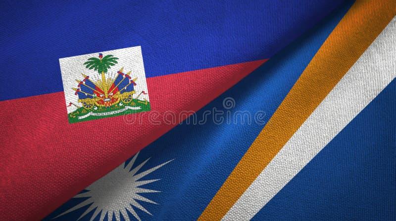 Torkduk f?r Haiti och Marshall Islands tv? flaggatextil, tygtextur arkivbild