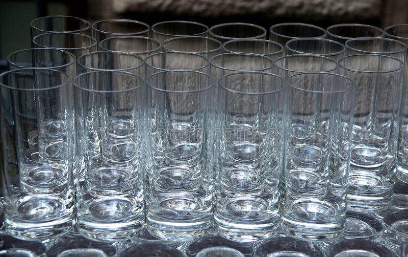 Torktumlareexponeringsglas på grå färgyttersida fotografering för bildbyråer