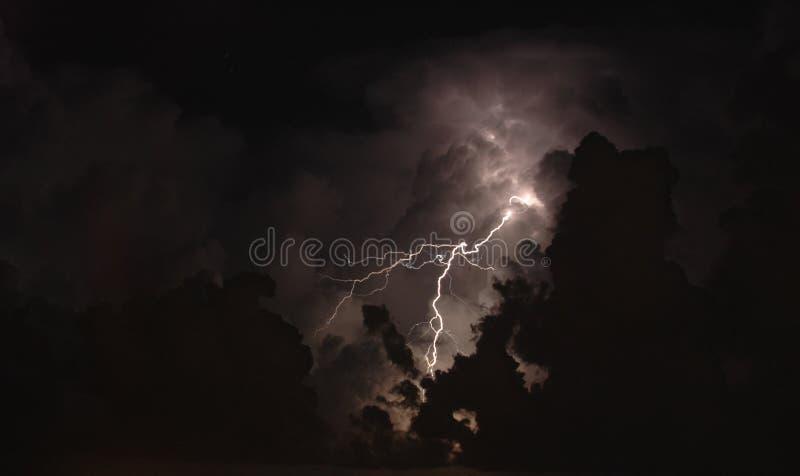 Tormenta de la iluminación fotos de archivo
