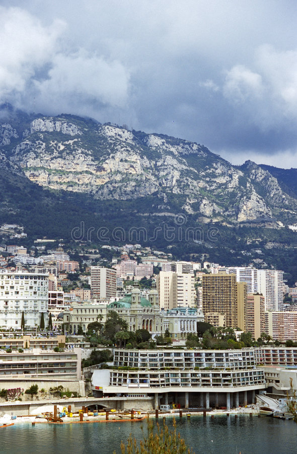 Tormenta sobre Mónaco imagenes de archivo