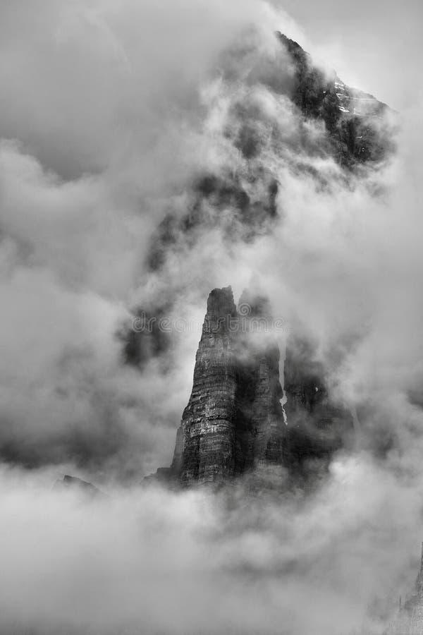 Torn av Babel Banff National Park royaltyfri foto