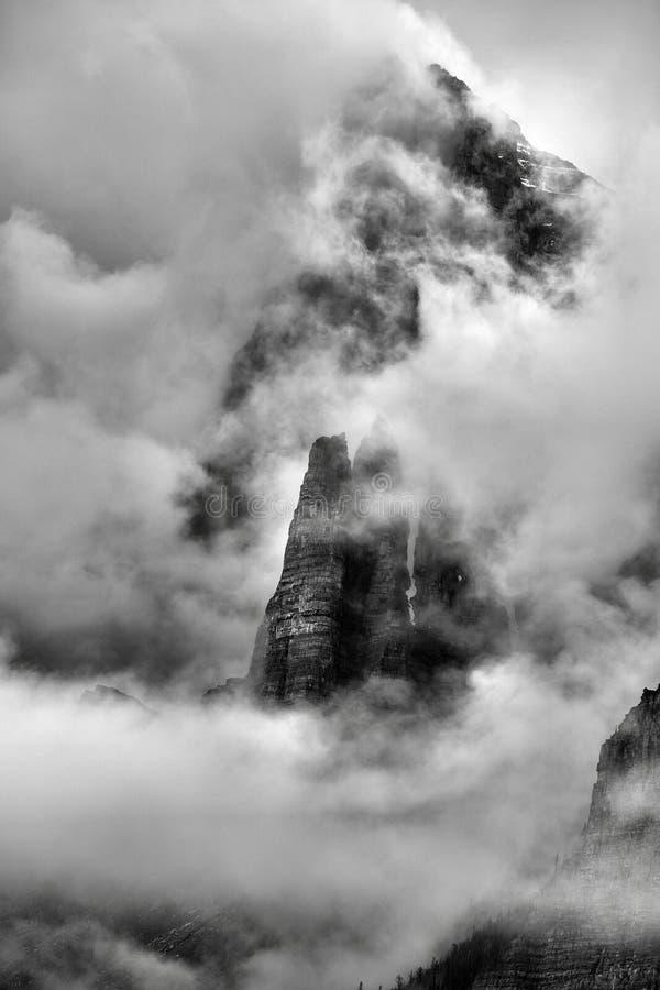 Torn av Babel Banff National Park royaltyfri bild