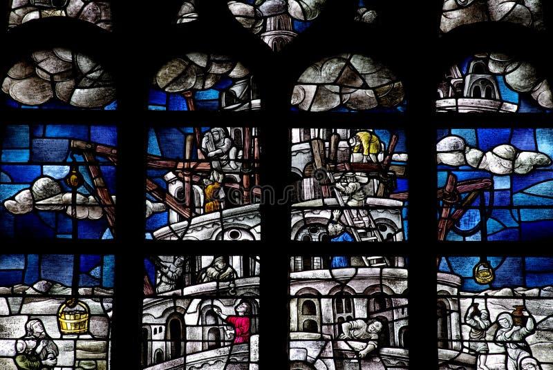 Torn av Babel i målat glass royaltyfri bild