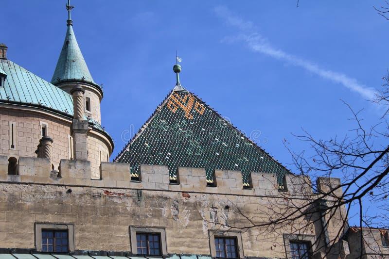 Torn av den Bojnice slotten, Slovakien royaltyfri fotografi