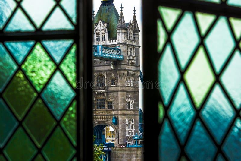 Torn av den London bron från det vita tornet royaltyfri fotografi