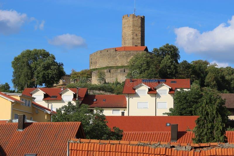 Torn av den medeltida stärkte slotten Steinsberg, Sinsheim, Tyskland royaltyfri bild