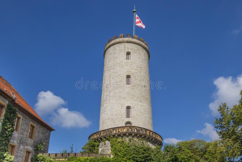 Torn av den Sparrenburg slotten i Bielefeld royaltyfria bilder