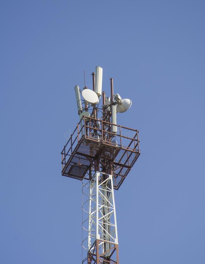 Torn av mobiltelefonantennen royaltyfri fotografi