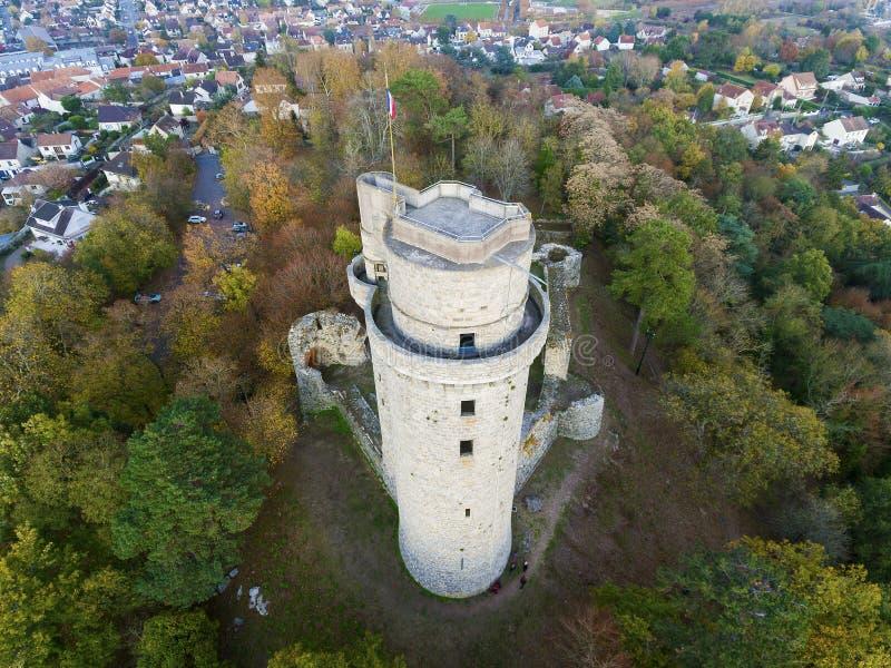 Torn av Montlhery, Essonne royaltyfria foton
