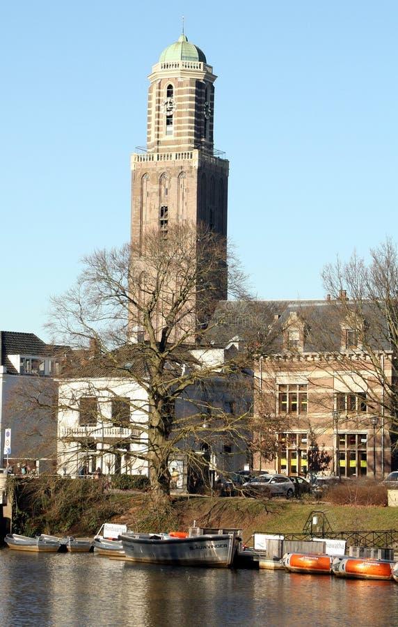 Torn av Ou-damen Basilica i Zwolle royaltyfri bild