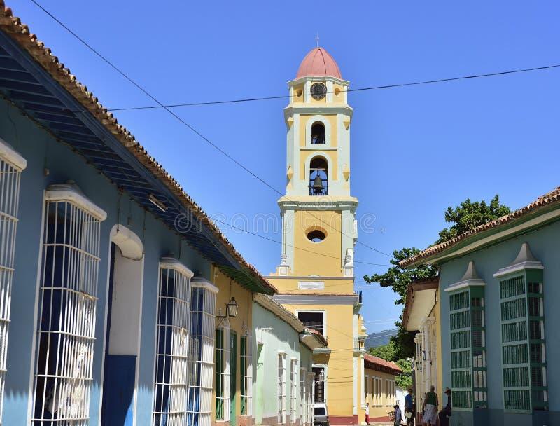 Torn av St Francis av den Assisi kloster och kyrkan cuba trinidad royaltyfria foton
