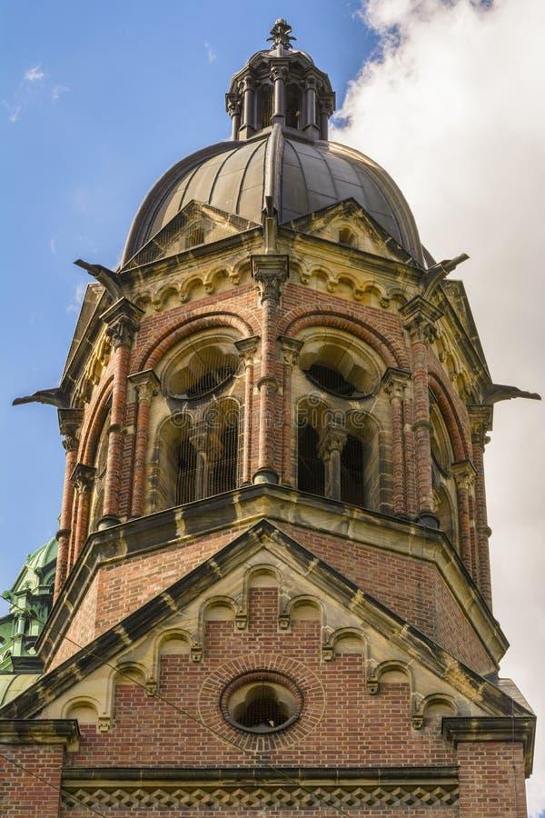 Torn av St Lukas Church i Munich, Bayern, Tyskland arkivbild