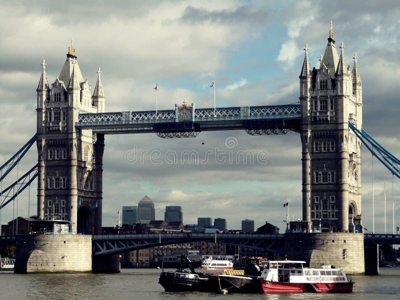 torn bridge1 royaltyfria bilder