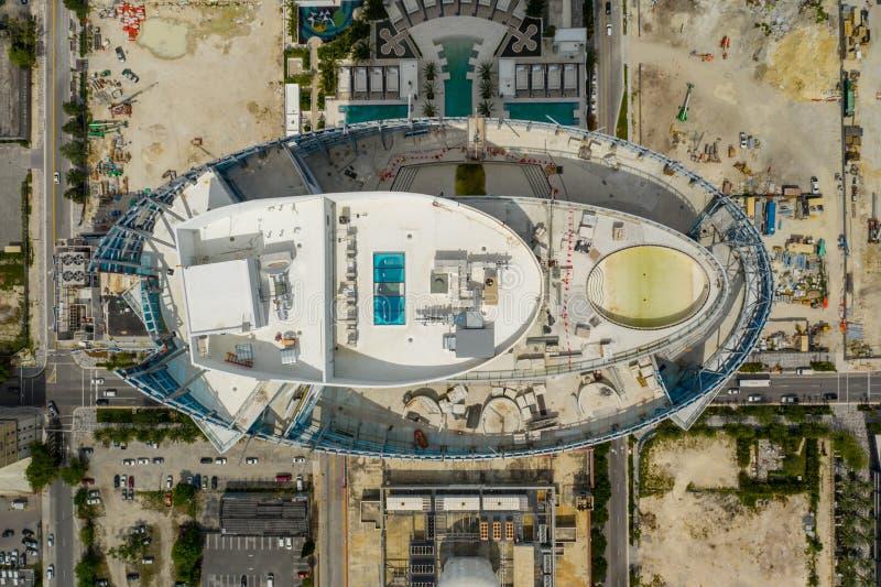 Torn för flygbildMiami Paramount worldcenter nära avslutning royaltyfria foton
