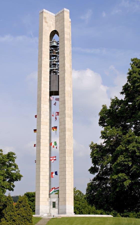 torn för klockacarillongärningar royaltyfria bilder