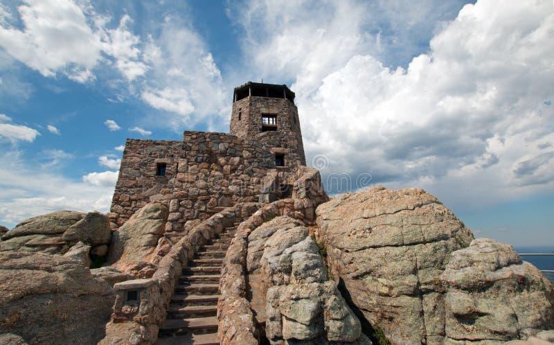 Torn för utkik för Harney maximumbrand i Custer State Park i Blacket Hills av South Dakota arkivbild