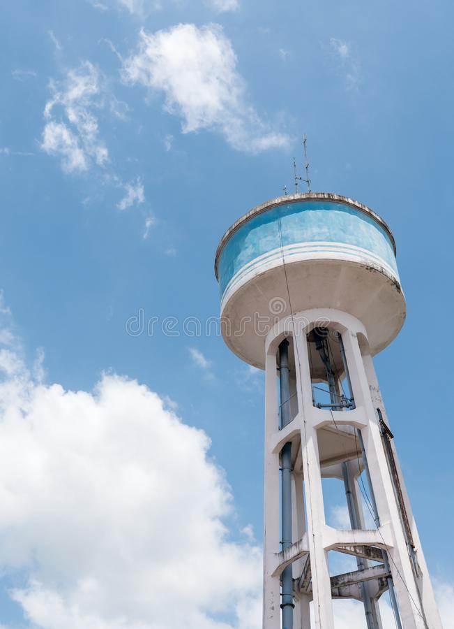 Torn för vattenbehållare royaltyfria foton