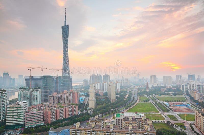 Torn Guangzhou för pärlemorfärg flod- och CantonTV arkivbilder