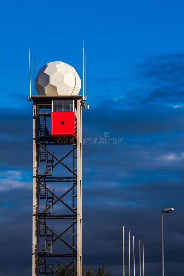 Torn i den Dresden flygplatsen royaltyfria bilder