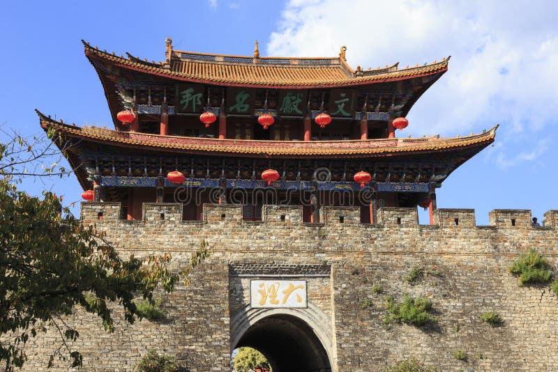 Torn i den gamla staden av Dali China arkivbild