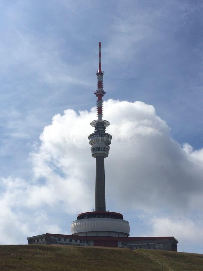 Torn med sändaren arkivfoto