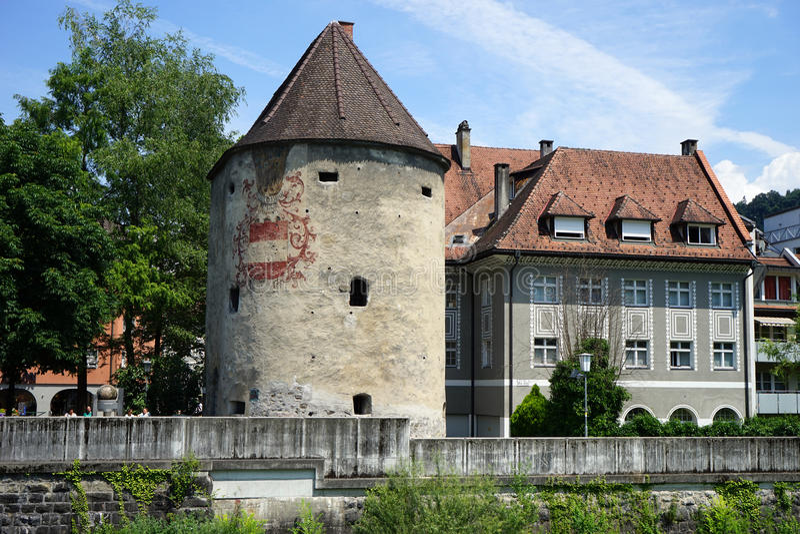 Torn och hus arkivbild